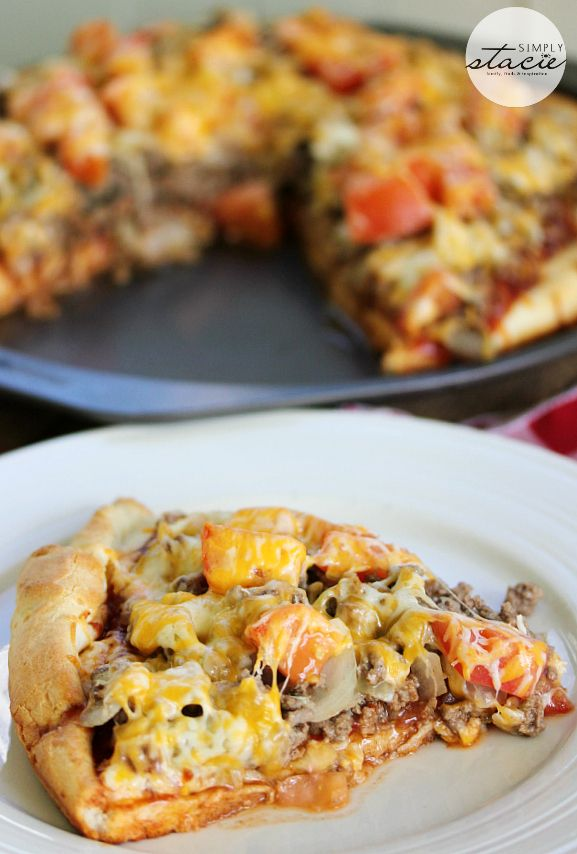 Cheeseburger Pizza - OMG. Want this now. via @Stacie Vaughan {SimplyStacie.net}