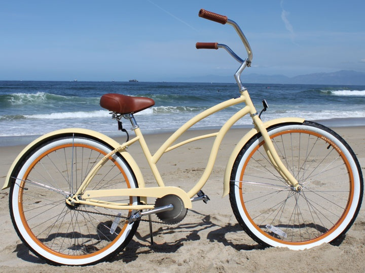 "sixthreezero Women's Scholar Single Speed - 26"" Beach Cruiser, needs front basket & rear rack...and a bell! Then it's perfect!"