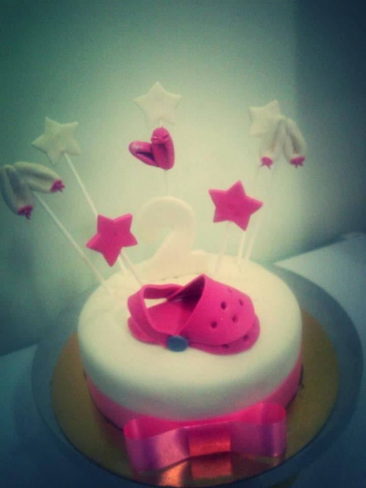 cake for a little girl who loves pink & her crocs