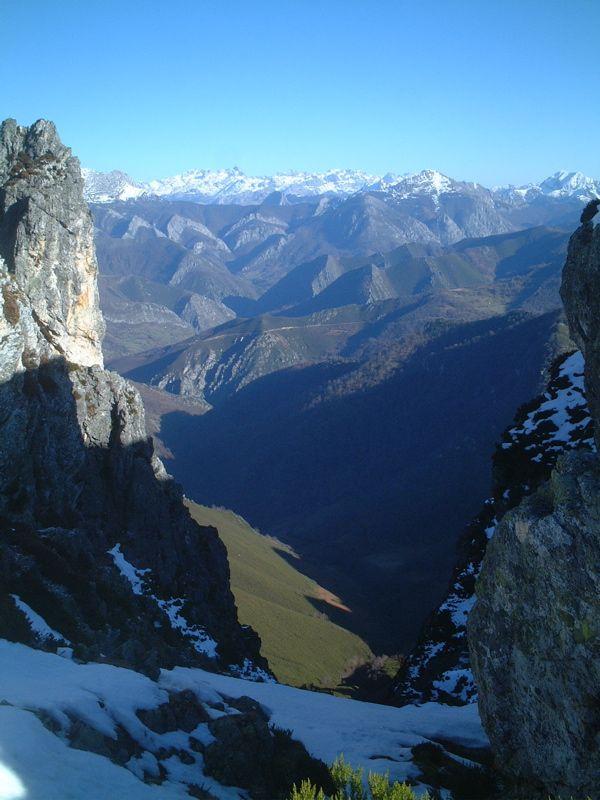 Caso y Sobrescobio - Picos De Europa (Parque Natural de Redes)
