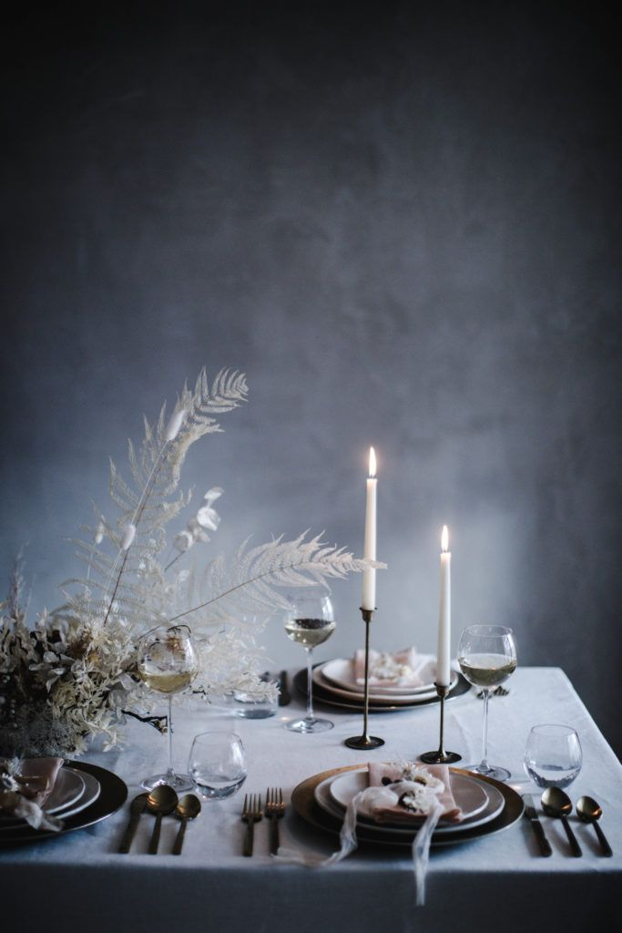 A Neutral Holiday Table Diy Natural Christmas Decor Local Milk Blog Winter Table Decorations Natural Christmas Decor Christmas Table Decorations