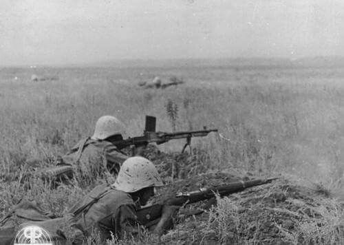 Romanians fighting on the Don, eastern front WW2, pin by Paolo Marzioli