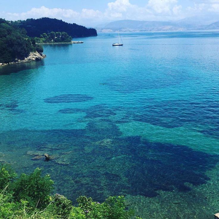 50 shades of blue. . . . #seaside #kerkyra #corfu #greece #balconyview #green #island #vacation #vacay #instanature #makingmemories