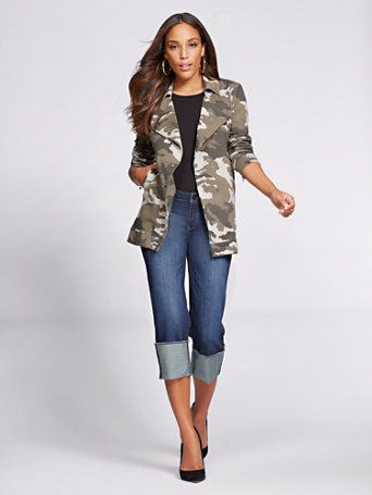 A camouflage print makes an edgy statement on our laid-back knit jacket,  finished