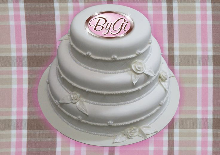roses on wedding cake images 60 best bolo images on conch fritters 19305