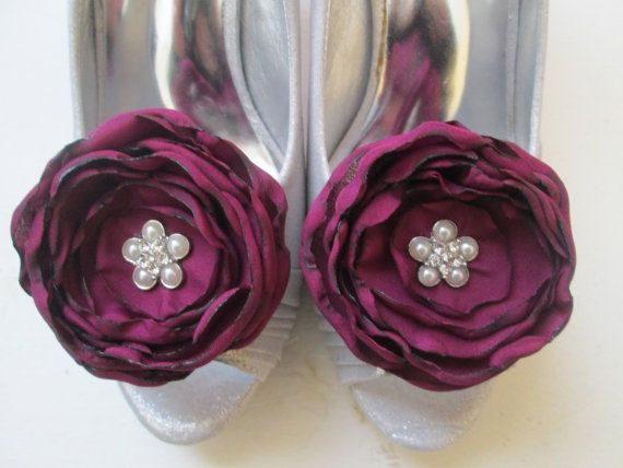 READY to SHIP - Burgundy MARSALA Wedding Shoe Clips, Rose Bridal Shoe Clips, Christmas Gift for Her, Fabric Flowers, Rustic  Country Bride
