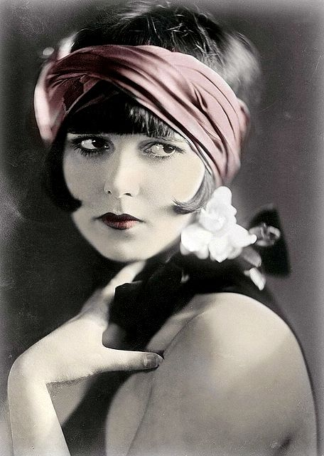 Mary Louise Brooks 1906-1985, American dancer, model, showgirl and actor of silent movies.