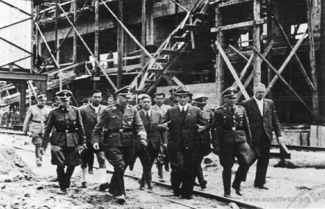 Picture taken during the visit of Heinrich Himmler in IG Farben factory in 1942. (Auschwitz-Birkenau State Museum Archives)