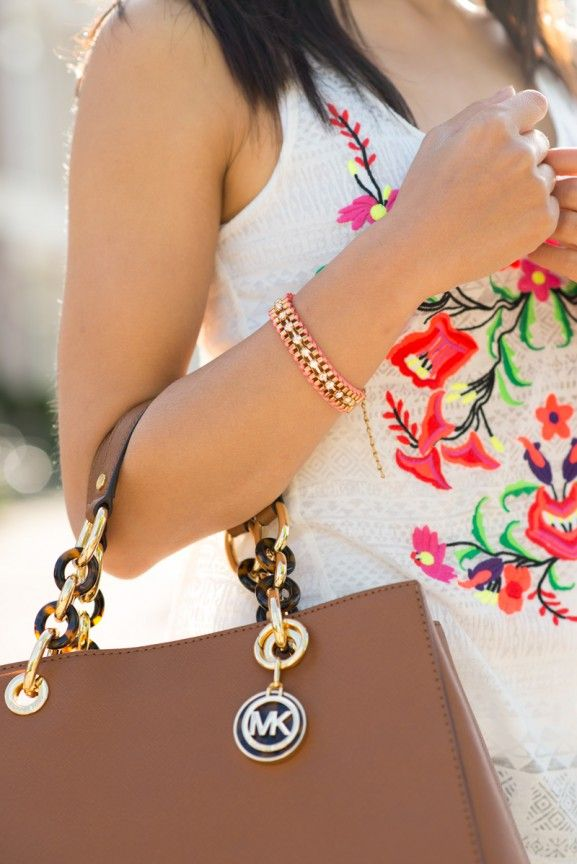 Details-outfit-blogger-Michael-Kors-bag-Cynthia-house-of-lou-jewels-top-My-own-stylist