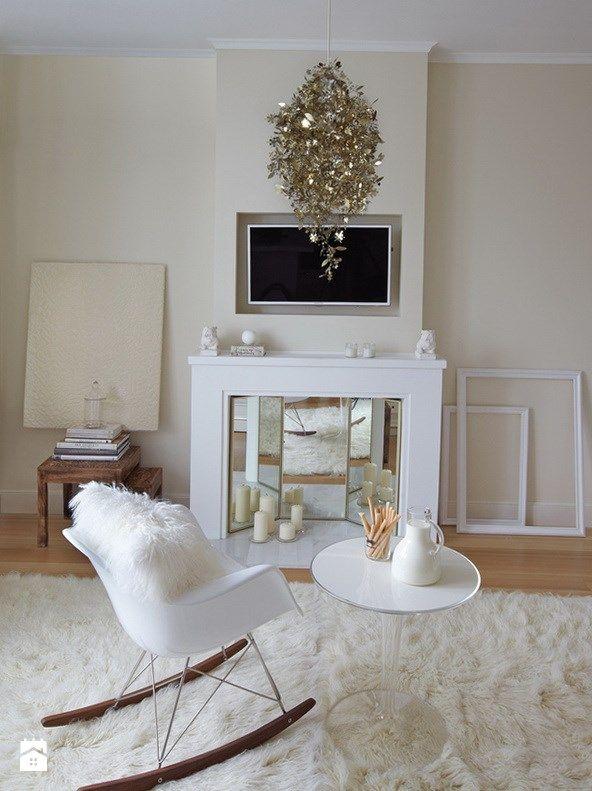 Studio kawalerka white mirror gloss - zdjęcie od Emilia Forgiel - Salon - Styl Klasyczny - Emilia Forgiel