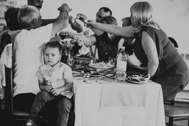 Видео о режиссуре свадьбы - от опытного организатора :) смотреть интересно. Картинка в качестве иллюстрации - моя. https://vk.com/anya.lipman.wedphoto?z=video-52144134_168650243%2Fef4f63df00d3d1ee3d