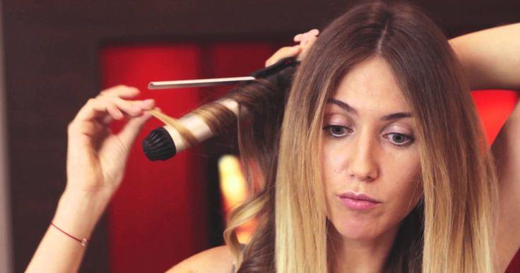 Как сделать голливудские локоны - http://popricheskam.ru/119-kak-sdelat-gollivudskie-lokony.html. #прически #стрижки #тренды2017 #мода #волосы