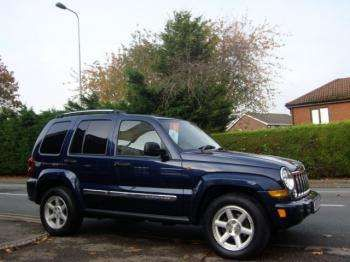 Used 2007 (07 reg) Dark Blue Jeep Cherokee LIMITED CRD for sale on RAC Cars