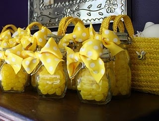 What will it be? baby shower: Yellow Wedding, Sunshine Parties, Parties Favors, Bees Parties, Parties Ideas, Jelly Beans, Mason Jars, Bumble Bees, Baby Shower