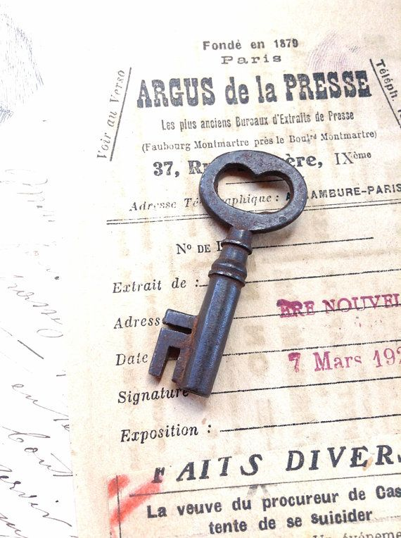 Sweet Vintage Skeleton Key -  Old Cast Key with Deep Patina - Altered Art Assemblage Jewellery Steampunk Rustic