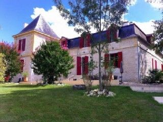 Chateau Le Maurin Estate Holiday Rental in Velines from @HomeAway UK #holiday #rental #travel #homeaway
