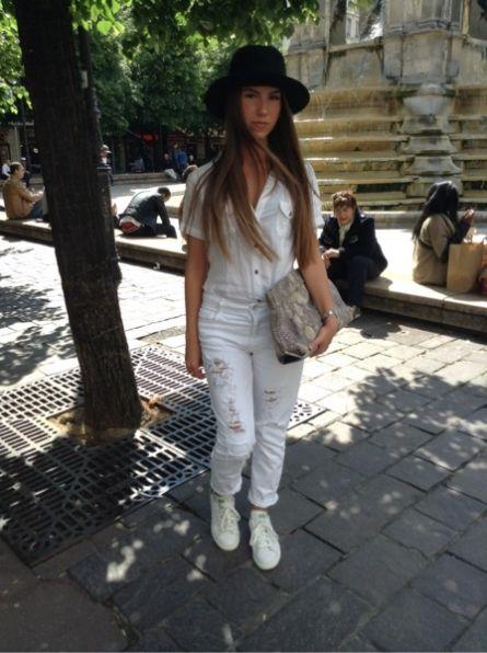 ZARA Chemise, chemisier, tunique - ZARA Pantalon - ZARA Pochette, minaudiere - ADIDAS Baskets, sneakers -  # VINTAGE # Chapeau #women #mode #look #streetstyle  http://moodlook.com/look/2014-05-14-france-paris-46