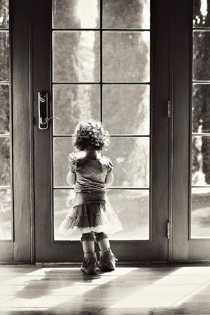 .: Little Children, The Doors, Little Girls, Window, Mornings Wonder, Black White, Vintage Photo, Photography, Kid