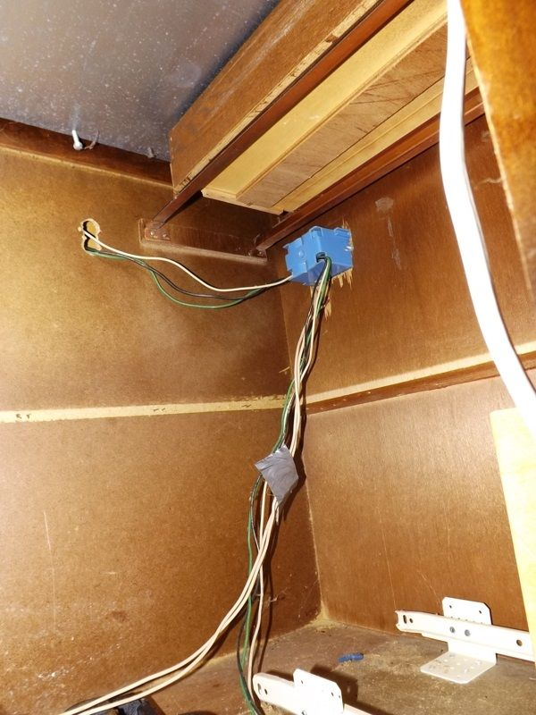 electrical wiring electricalrules1 kitchen island outlet wiring 88 rh pinterest com Kitchen Wiring Diagram NEC Kitchen Wiring