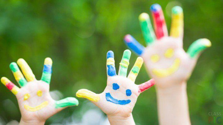 Детские руки (32 фото) http://classpic.ru/blog/detskie-ruki-32-foto.html   Руки — это всегда красноречивые жесты. По объему передаваемой информации, руки человека являются главными среди других частей тела. «Берегите окружающий...