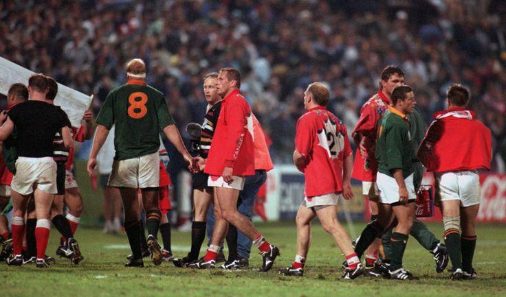 Referee David McHugh sends off Canada's Rod Snow and South Africa's James Dalton, South Africa v Canada, World Cup, Port Elizabeth, June 3, 1995