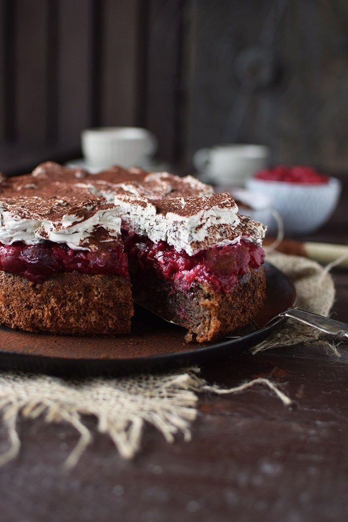Haselnuss-Kirsch-Kuchen