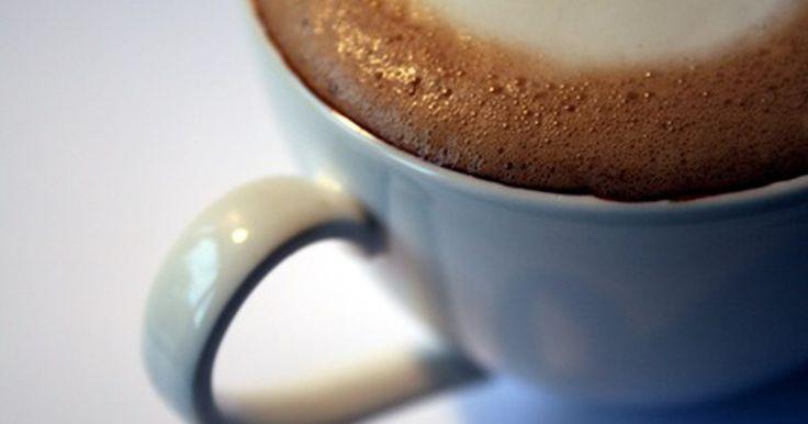 Instrucciones para el uso de la máquina de capuchino Mr. Coffee. Aprende a ser tu propio camarero con máquinas de capuchino Mr. Coffee, que permiten a los usuarios preparar capuchino en casa en cuestión de minutos. El capuchino es una bebida espresso con partes iguales de espresso, leche al vapor y espuma. Cuando preparas tu propio capuchino en casa, puedes seleccionar tu propia marca de café espresso y leche, ...