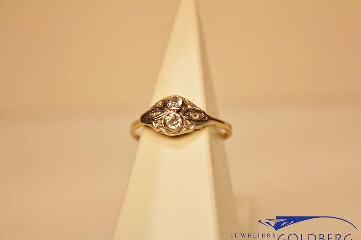 Gorgeous 14 carat gold vintage Art Deco ring with diamond. For only € 370! This could also be a perfect engagement ring!  http://www.goldbergjuweliers.nl/nl/14k-gouden-art-deco-ring-met-diamant.html