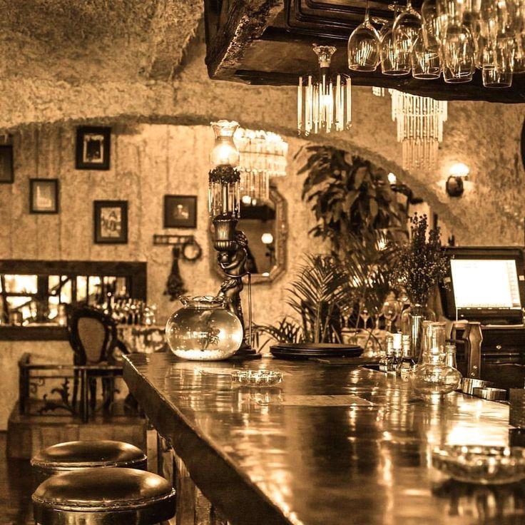 #bali #restaurant #bar #interior #decor #decoration #unique #cozy #antique #lasiciliabali #lunch #dinner #unique