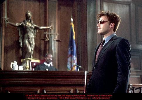 Still of Ben Affleck in Daredevil (2003) http://www.movpins.com/dHQwMjg3OTc4/daredevil-(2003)/still-758749184