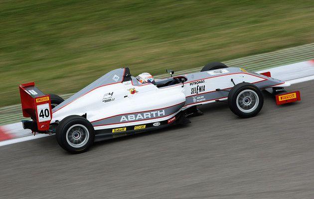 Great start for FIA Formula 4! | Federation Internationale de l'Automobile