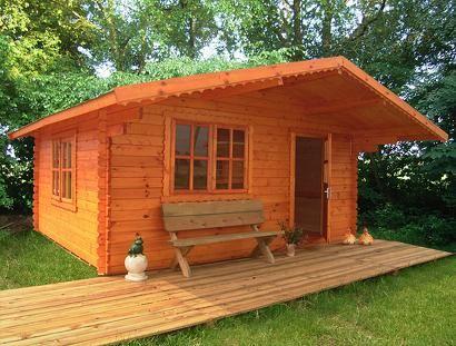 Chalet de jardin en bois maison ext rieur pinterest for Chalet exterieur jardin