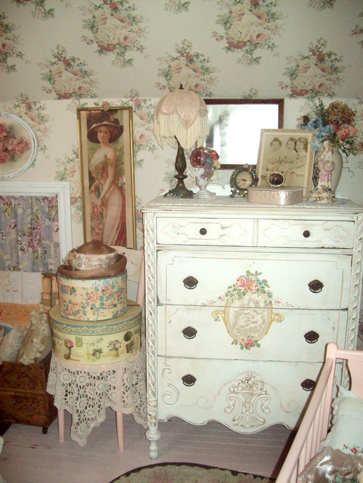201 best my shabby dressing room images on pinterest bedroom embroidery and lace. Black Bedroom Furniture Sets. Home Design Ideas