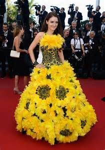 1000+ images about Cool dresses, made of different materials than ...