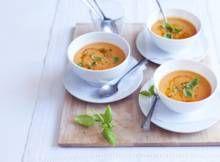 Italiaanse tomatensoep met mascarpone - Recept - Allerhande