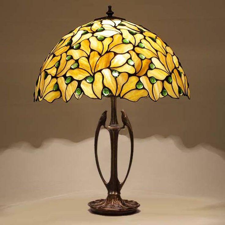 details 40 bl tter basis der lampe ist aus messing. Black Bedroom Furniture Sets. Home Design Ideas