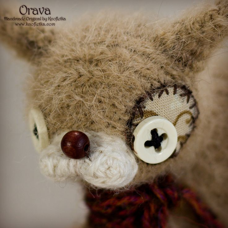 Orava is a unique, artist, little squirell suitable as a charm, toy or an original gift.