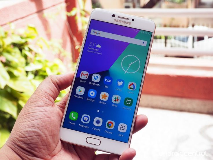 Samsung Galaxy C7 Pro lands in India with 16MP rear and front cameras for ₹27,990 - http://www.newsandroid.info/2017/04/07/samsung-galaxy-c7-pro-lands-in-india-with-16mp-rear-and-front-cameras-for-%e2%82%b927990/