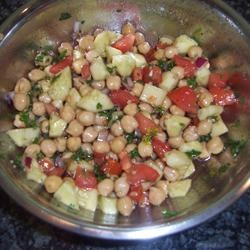 Chickpea Salad with Red Onion and Tomato--easy and I have all the ...