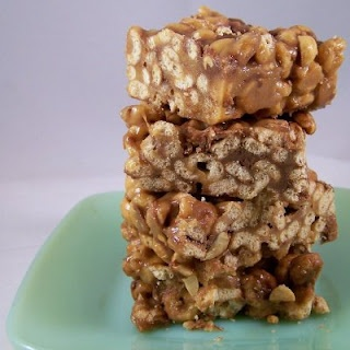 The Homesteading Housewife: Super-Easy O's Bars (just changed to organic version and skipped half the sugar and all the chocolate... was that a crime?)