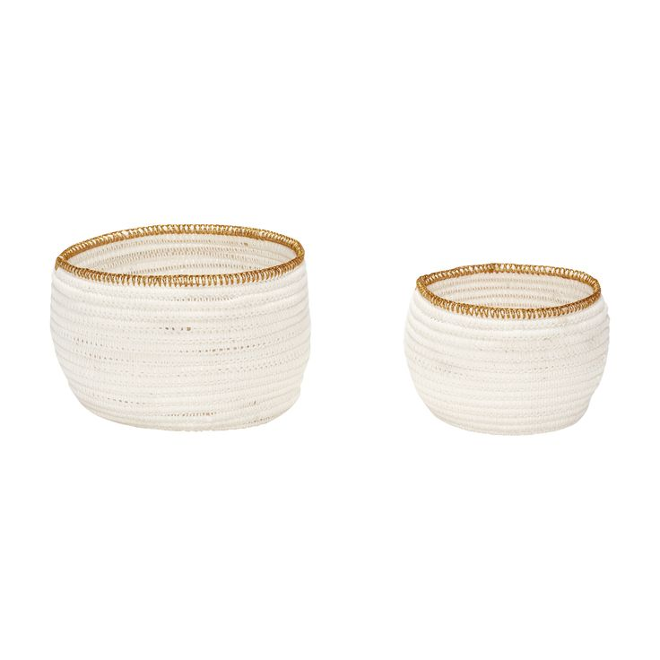 White basket with gold edge in a set of 2. Item number: 170402 - Designed by Hübsch