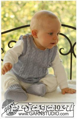 Вязание спицами безрукавки для мальчика