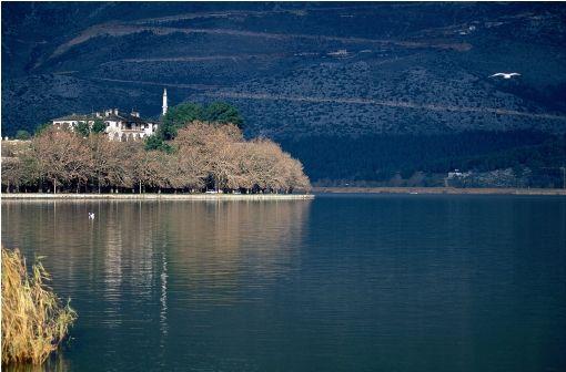 VISIT GREECE| Ioannina Lake, #Epirus region photo© Moustafellou