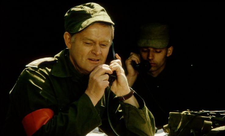som Oberst, i Soldaterkammerater på bjørnetjeneste fra 1968.