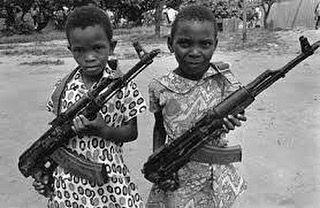 """Agora um pouco de #historia da #serraleoa via Wikipédia: """"Em 1462 a área do atual território de Serra Leoa foi visitada pelo explorador português Pedro de Sintra que a nomeou Serra Leoa. O país tornou-se um importante centro do comércio transatlântico de escravos até 11 de março de 1792 quando Freetown foi fundada pela Companhia de Serra Leoa como forma de servir como um lar para ex-escravos do Império Britânico. Após a conferência de Berlim (1884-1885) o Reino Unido decidiu que era preciso…"""