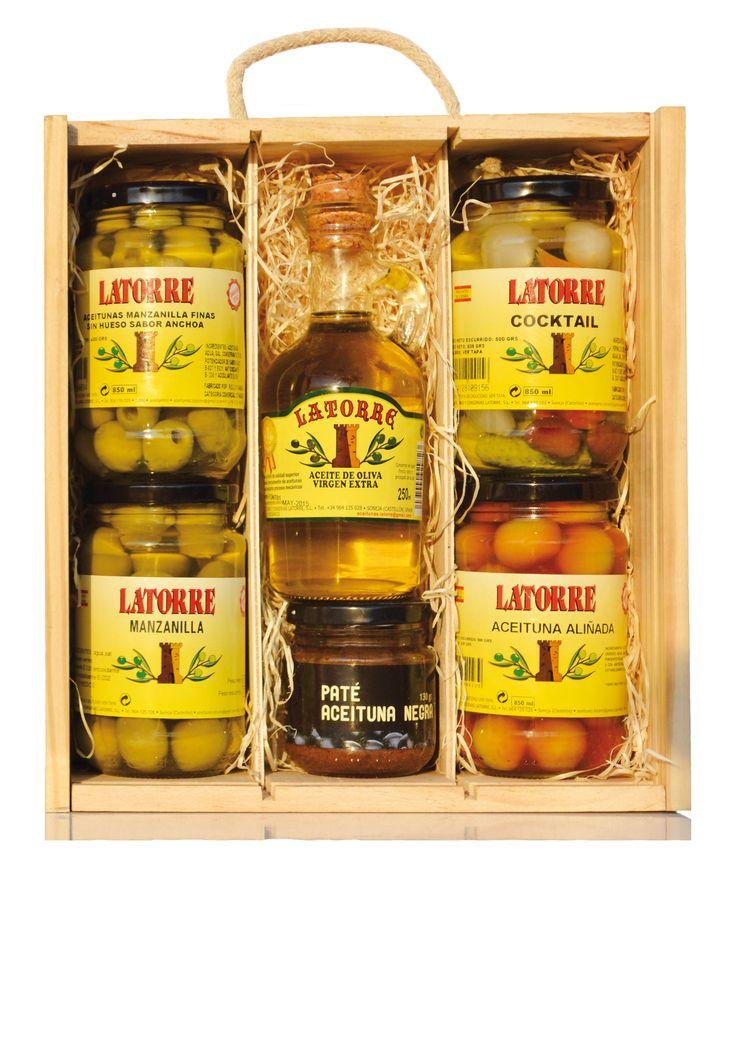 MiniBox Contiene 4 tarros de aceitunas variadas,  aceitera 250 ml de Aceite de Oliva Virgen Extra y Paté de aceitunas.