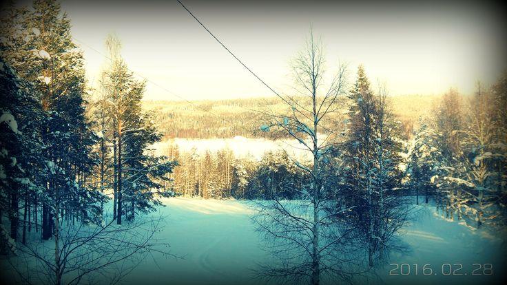 Lunta tulvillaan, raikas talvisää. Vielä hetken verran!