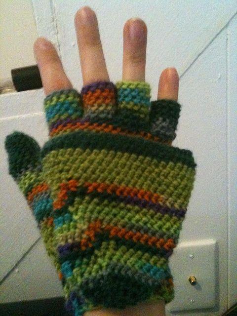 Mitten-Gloves--free raverly pattern