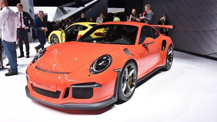 Porsche 911 GT3 RS er den mest hardcore 911-model, og den 4-liters, 500 hestes motor er den kraftigste i Porsche's historie. (Foto: PR) #Porsche #cars #biler