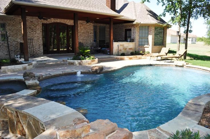 Forney TX Inground Swimming Pool | Synthetic Lawn Surfaces and Putting Greens Forney Texas | Outdoor Living Environments and Patios Forney Texas